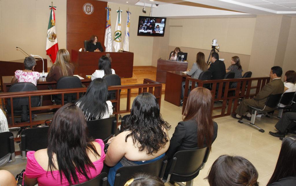 Proponen iniciativa para que delitos cometidos por mujeres se juzguen con perspectiva de género