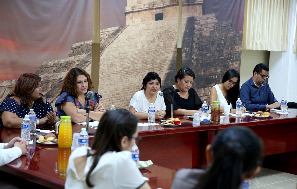 Se coordinan acciones para la protección de mujeres e infantes