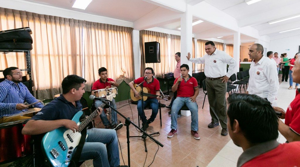 En Yucatán se trabaja para tener escuelas seguras