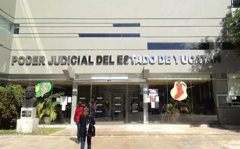 Dos personas vinculadas por agresiones a actuaria del Poder Judicial del Estado