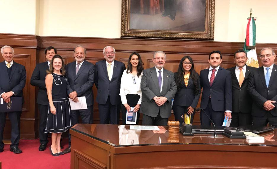 Tribunal Constitucional y Fundaciones UNAM y Slim refuerzan programa de becas